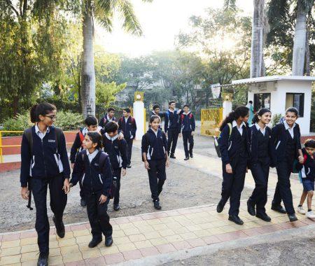 School_Enterance1200